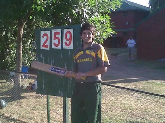 Nuevo record nacional para David Mauro que anoto 259 corridas!
